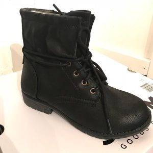 SONOMA Girls' Slouchy Lace-Up Boots in BLACK